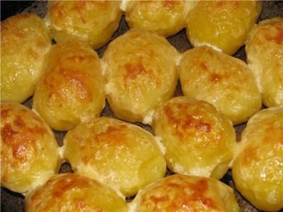 Запеченный картофель с сыром и сметаной в духовке рецепт пошагово 137