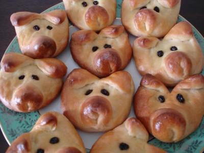 """Булочки """"Сказочное свинство"""" или Рождественские свинки на счастье"""