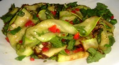 Салат из кабачков острый