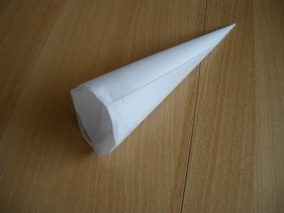 Как сделать корнетик из бумаги для крема