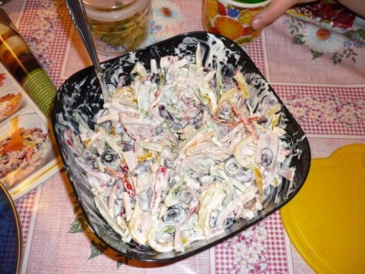 Салат с фасолью и перец болгарский с ветчиной