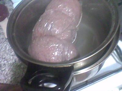 Вареные колбасы в домашних условия