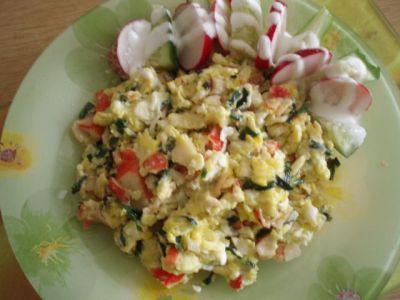 Горячий салат с крабовым мясом