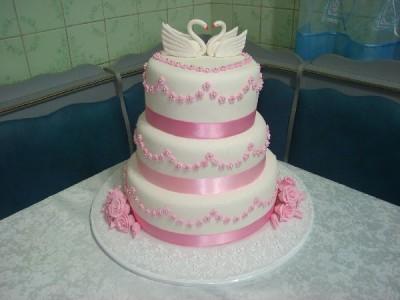 Торт свадебный трехъярусный