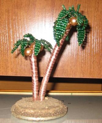 Много раз просили продать, но рука не поднимается, да и мать против, т.к. она тоже ее больше всех любит. пальма.