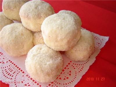 Пирожное бисквитные снежки торты