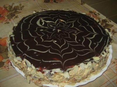 Из чего сделан торт эстерхази