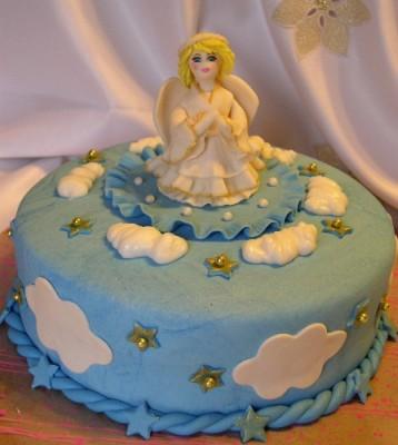 застывает ли торте пищевая мастика.