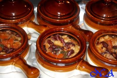 Свинина с фасолью в горшочке рецепт