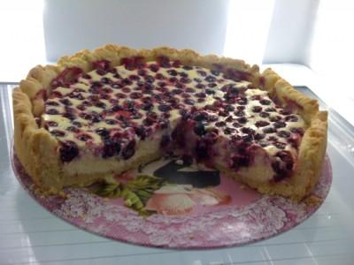 Пирог в духовке с ягодами