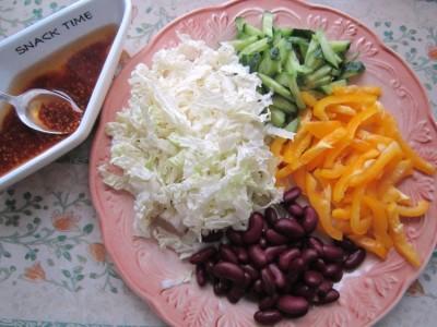 салат с китайской капустой и фасолью