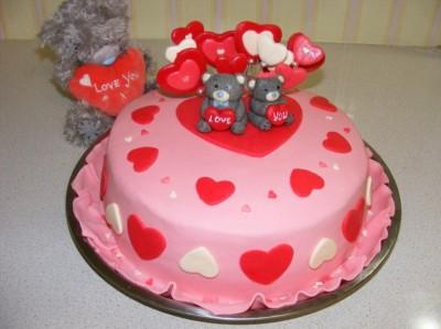 Нового в покрытии торта мастикой