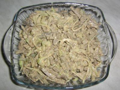 рецепт салата из печени с луком