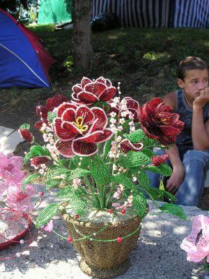 Цветы из бисера выставка цветов в г