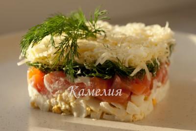 Рецепты салатов с семгой форелью