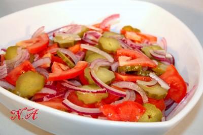 рецепт минский салат с помидорами и луком