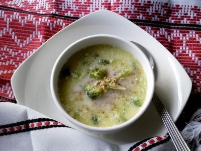 охлажденный миндальный суп