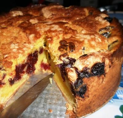 Пирог с вишнями в духовке рецепт
