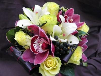 Букет c орхидеями