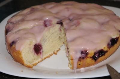 Пушистый пирог за 2 минуты без возни с вишней