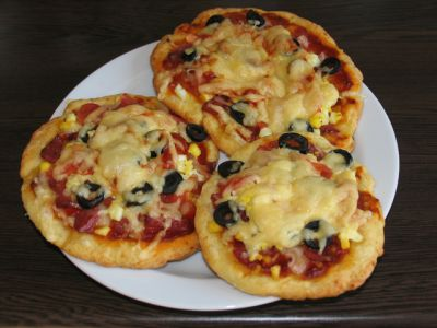Пицца с творогом, сыром и помидорами | irina belaja.