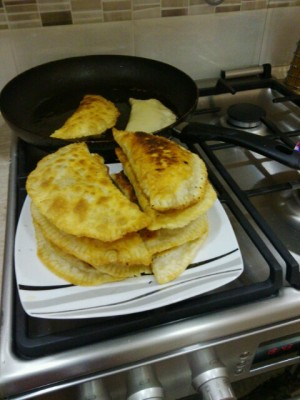 Самое вкусное тесто для чебуреков рецепт с фото