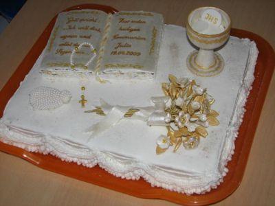 Дизайн тортов для крестин