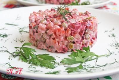 Очень вкусный салат с сердцем и языком фото