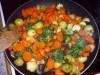 Овощи со шпинатом, тушенные в сметане