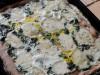 Пицца со шпинатом и моцареллой (на цельнозерновой основе)