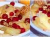 Запеченный камамбер с яблоками и клюквой