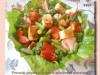 Теплый салат с лососем и зеленой фасолью