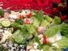 Салат с крабовыми палочками и маринованным имбирем