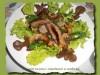 Тёплый салат с говядиной и грибами