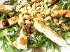 Салат из рукколы с арахисом