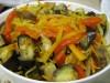 Закуска из запеченных баклажан с овощами