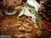 Орехи в соленой карамели с розмарином