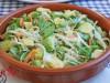 Салат с квашеной капустой,авокадо и зеленой фасолью