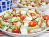Салат с куриными наггетсами
