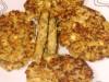 Капустно-мясные оладьи с яйцами